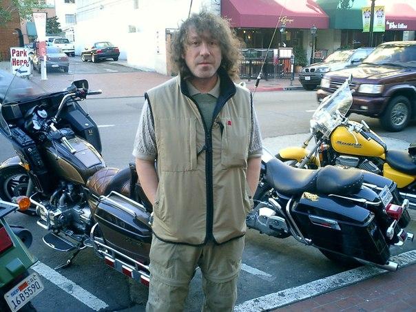 может владимир кузьмин на мотоцикле фото белый