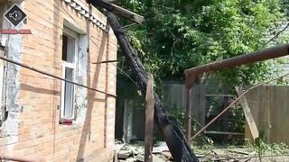 8 июня 2014. Славянск. Украинские боевики бомбят жилые дома в Славянске