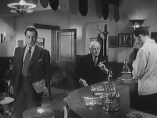 13 East Street (1952)