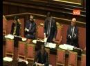 118184833-06_02_20_Mes_dal_pacchetto_al_pacco_lo_striscione_della_Lega_durante_il_question_time_di_Conte_al_Senato_0152_webmpg.m