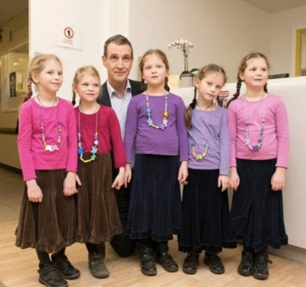 Пятерняшки в семье Артамкиных. Как живут девочки спустя 12 лет